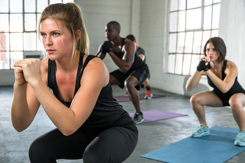 Bono combinado 1 clase particular de Pilates a la semana con aparatos y 1 clase grupal de Pilates
