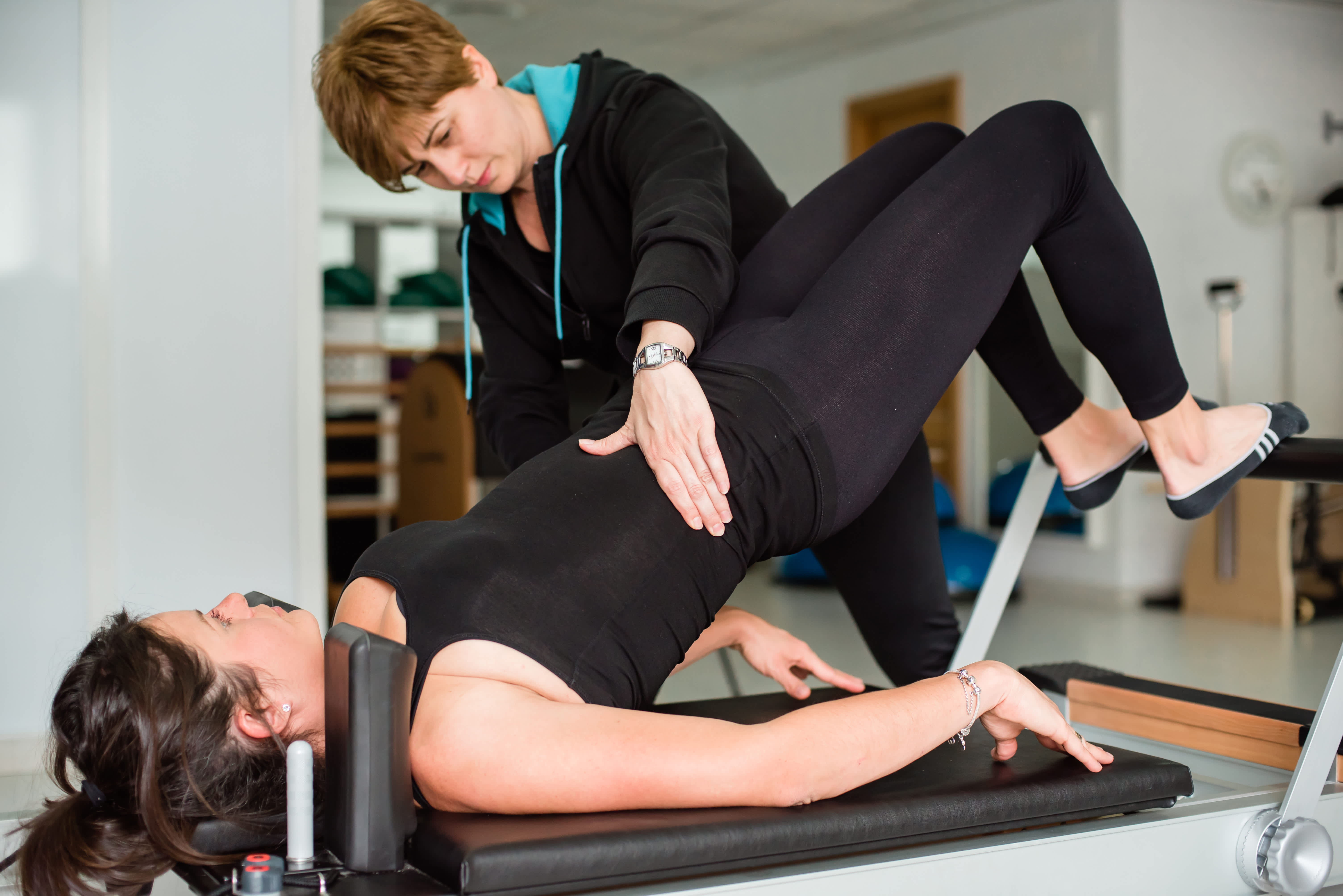 1 clase particular de Pilates a la semana con aparatos