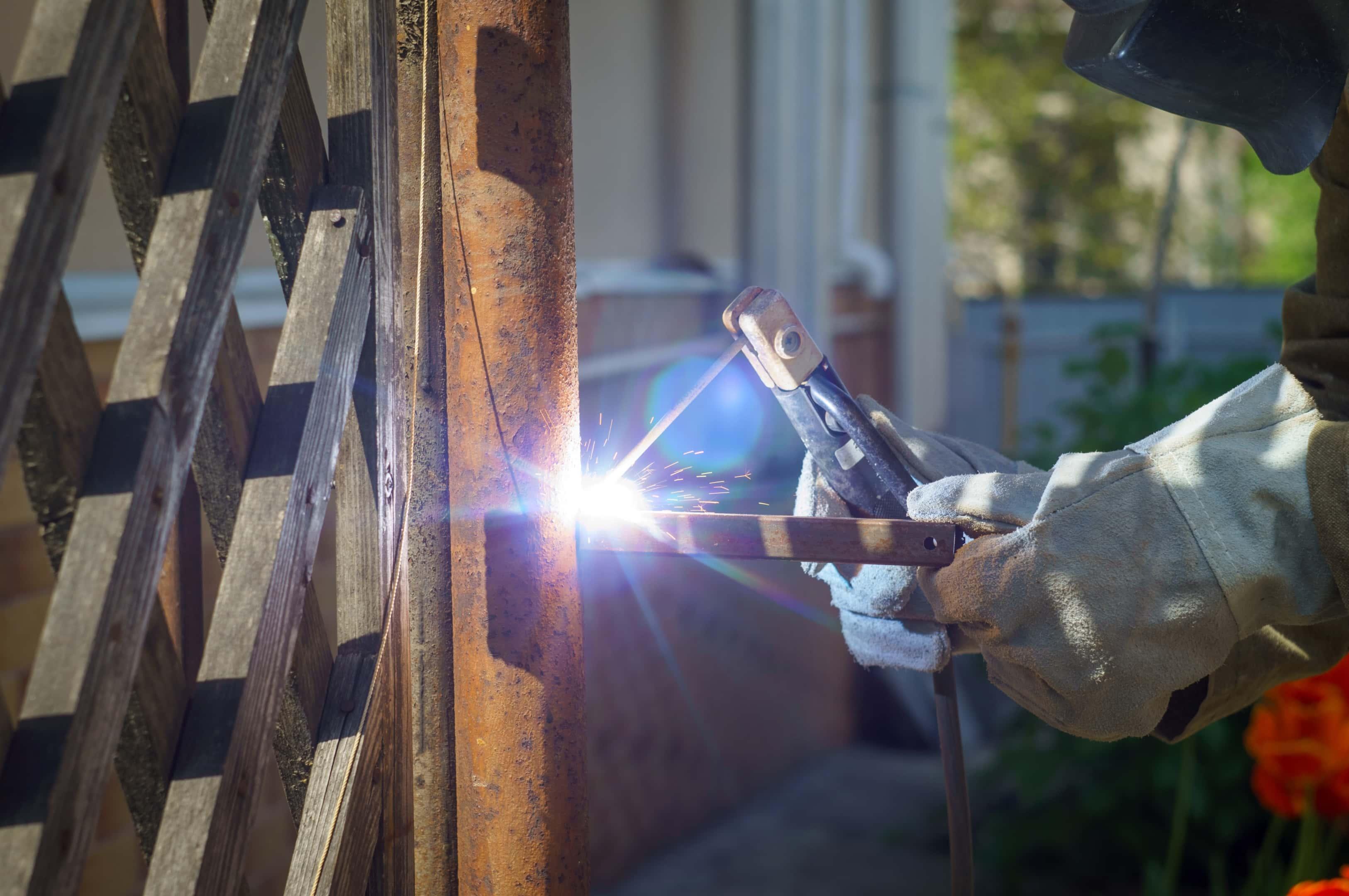 Construcciones de vallas de hierro