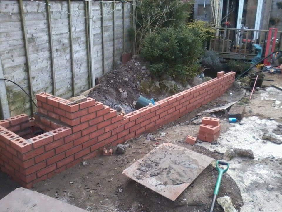 Bricklaying Garden Wall Building Work