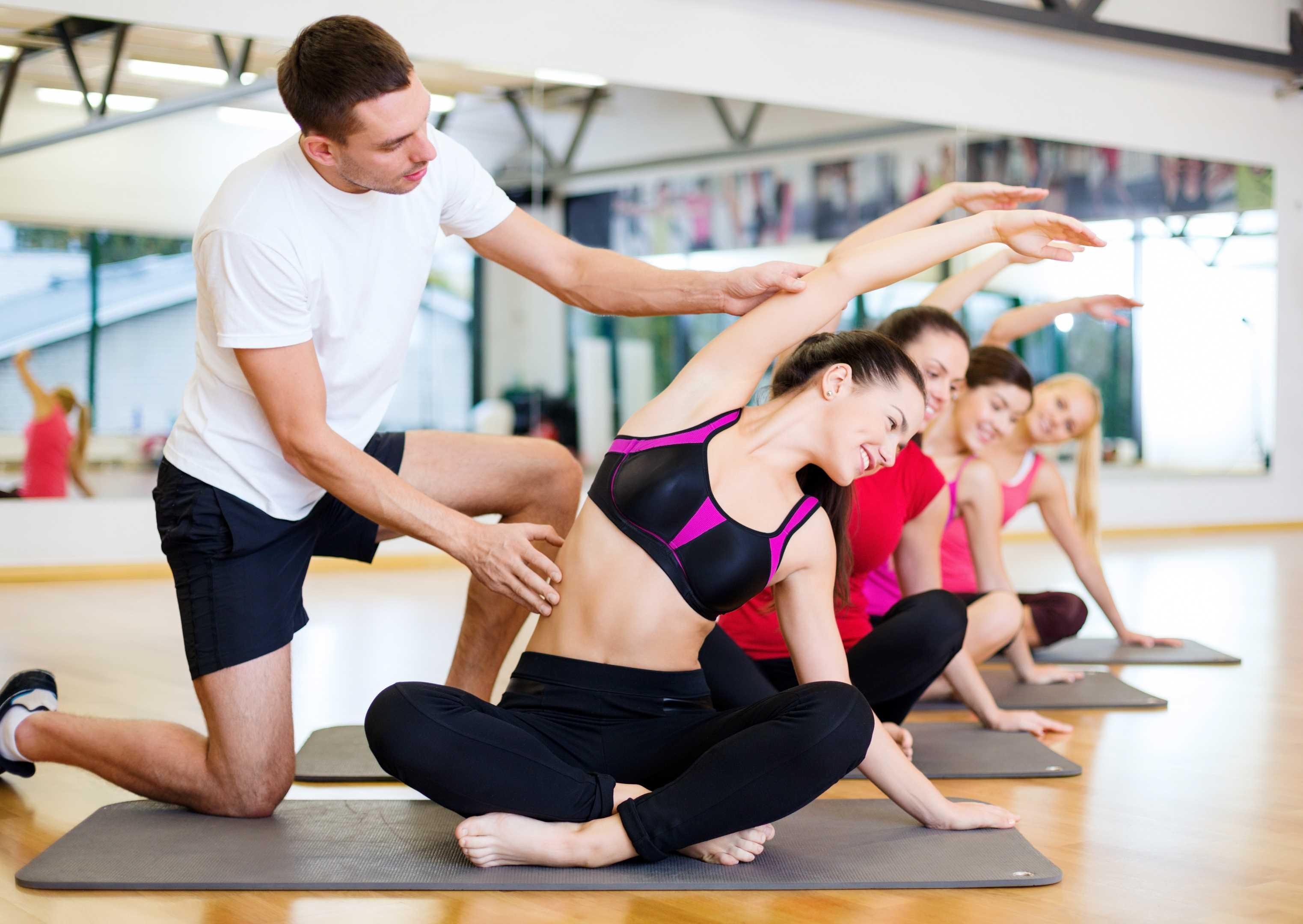 2 clases grupales de Pilates o Yoga a la semana
