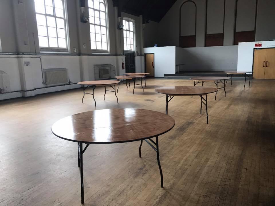 4 Ft Trestle Table Hire