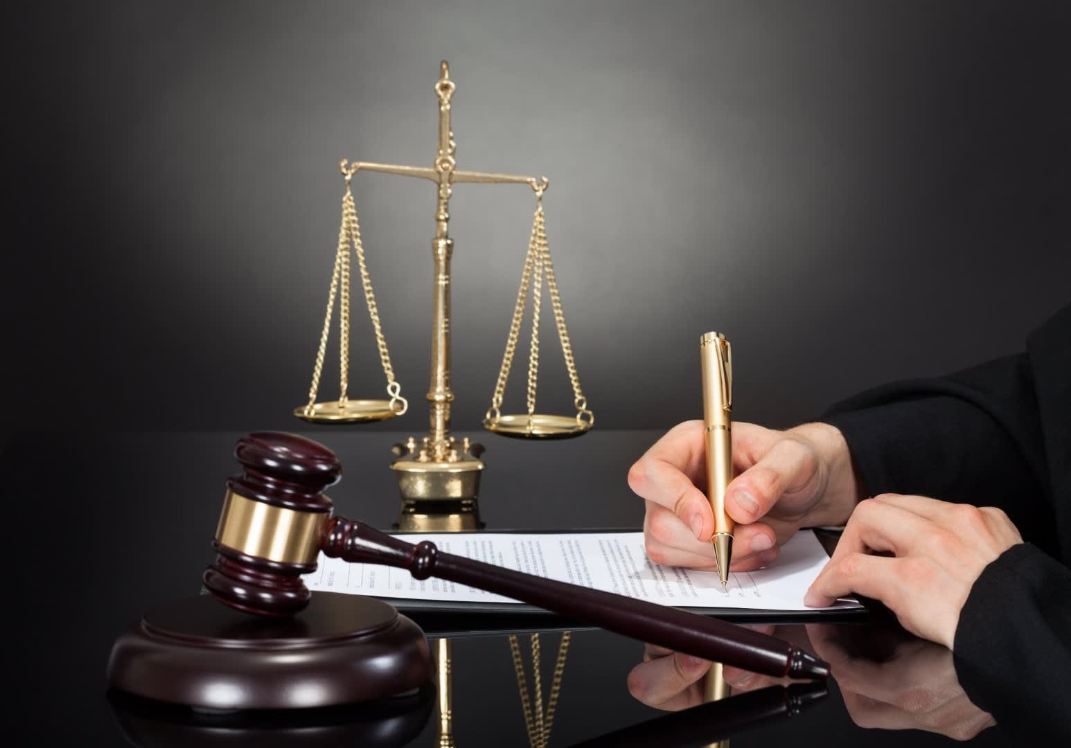 Asistencia legal en caso de procedimientos
