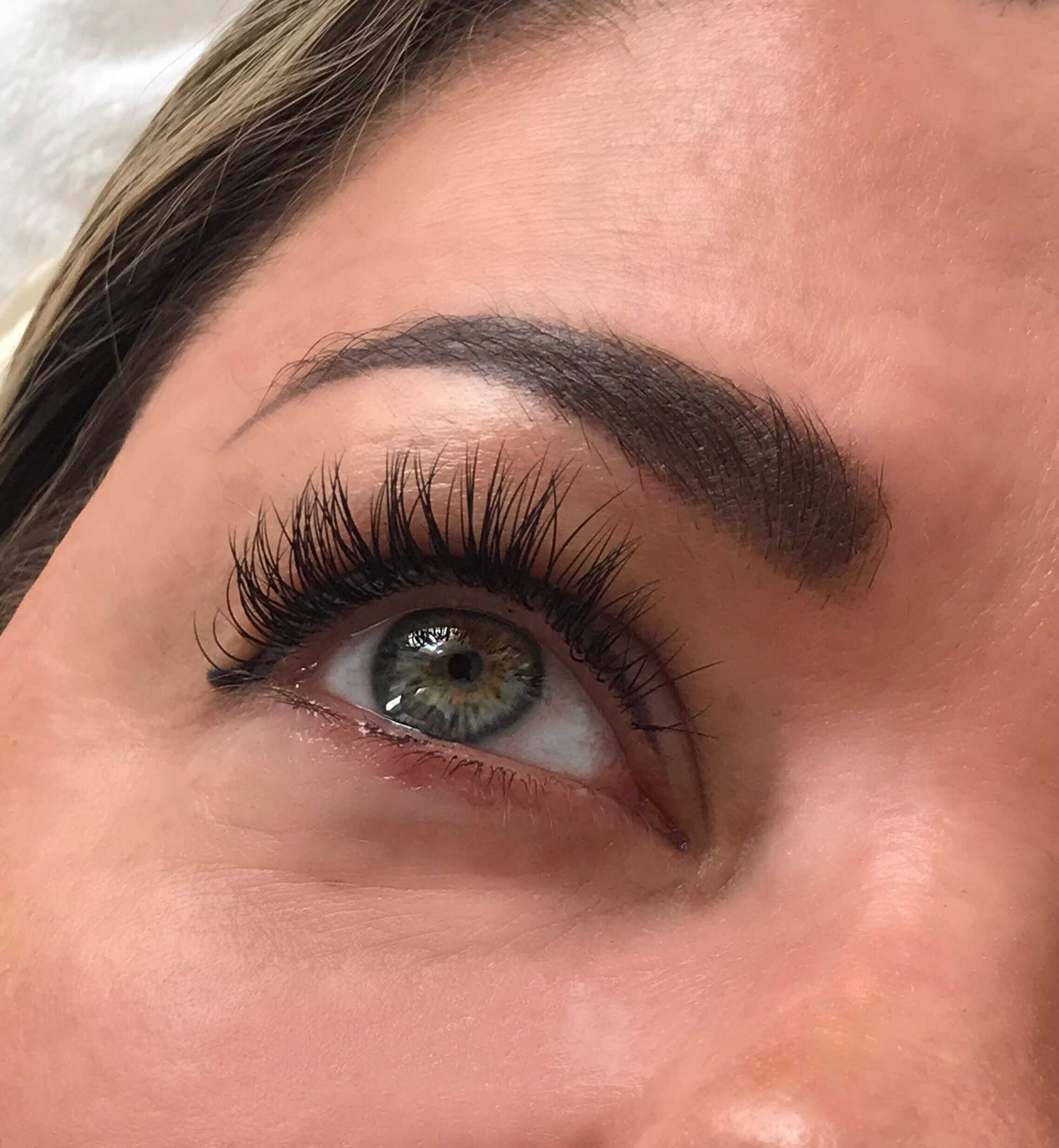 Eyelash & Eyebrow Technician