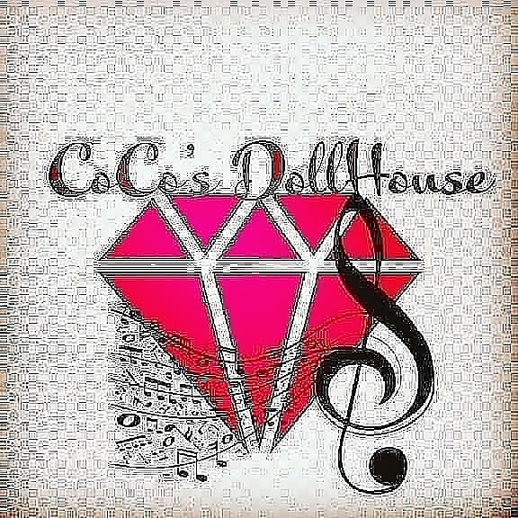 Coco's Dollhouse