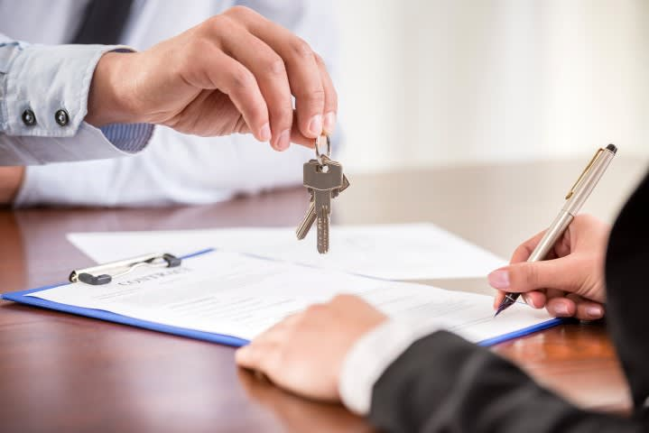 Estates Agent, Builders & Finance Advisior