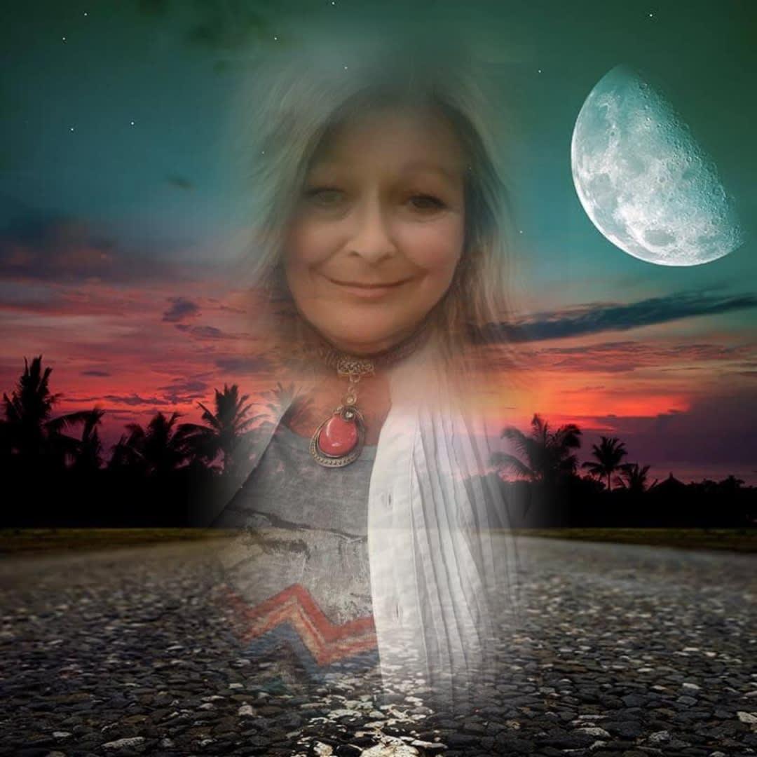 AMBRELLA ET LE TAROT....intuitive psychic