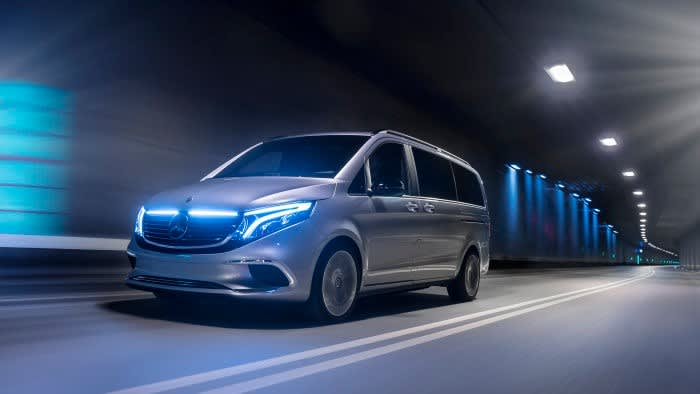 Minibus local and Airport transfers