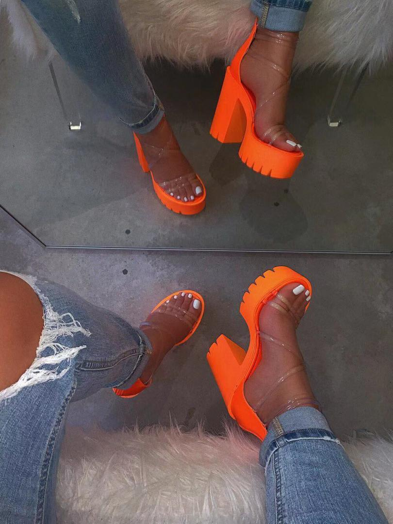Chuncky Platform Heels
