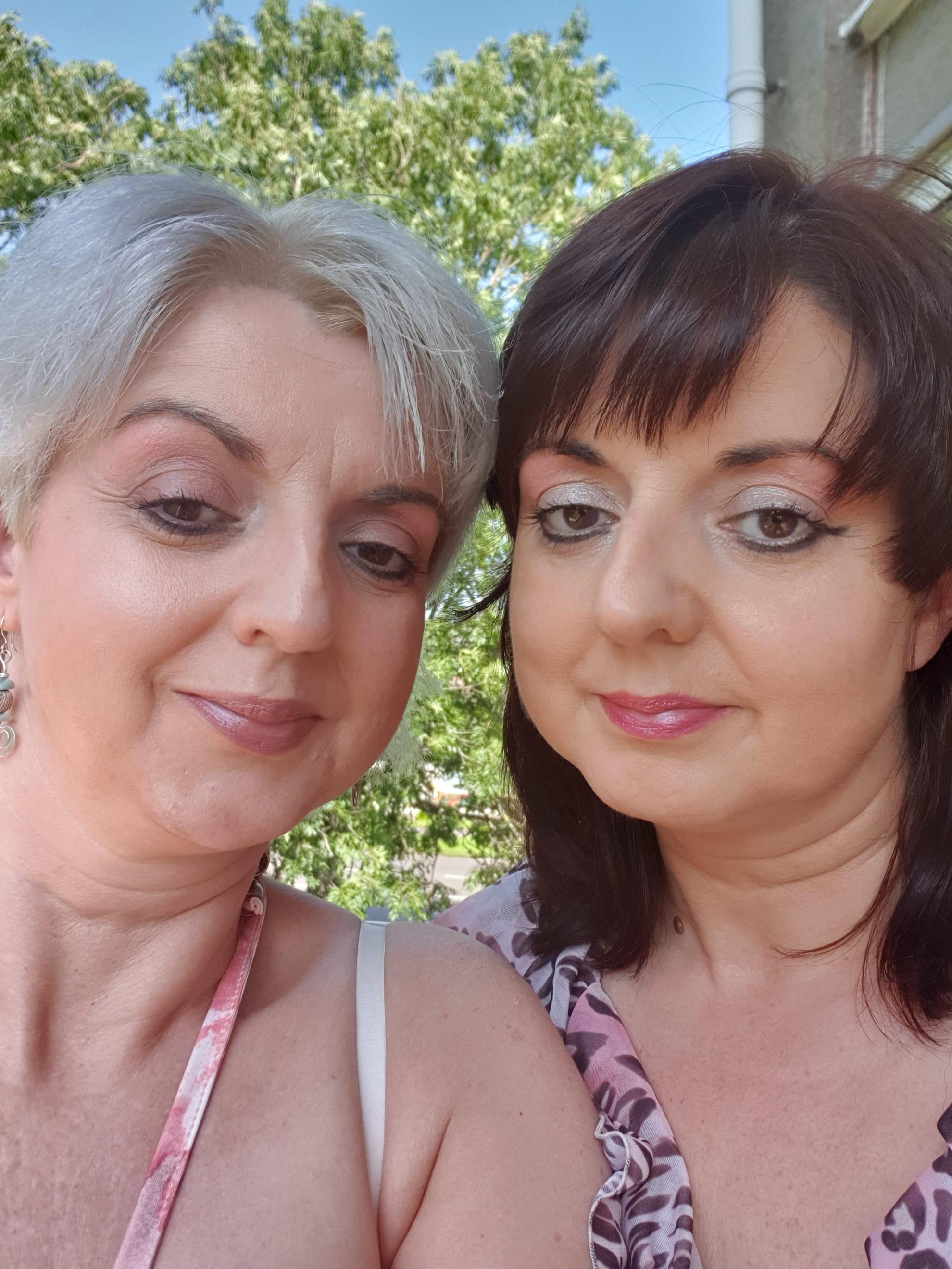 Psychic Tarot Sisters