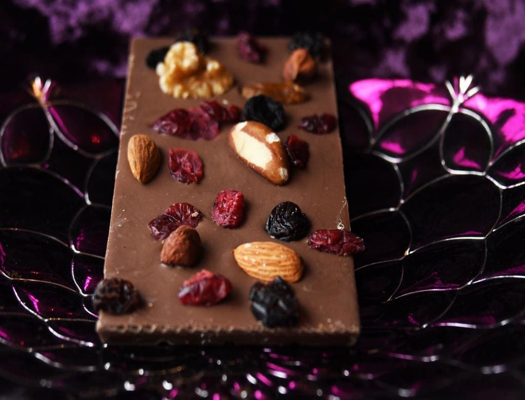 A UENI customer's product photo of a Belgian Milk Chocolate Fruit & Nut Bar
